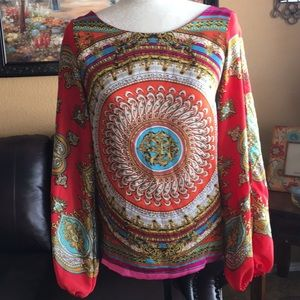 Stunning ARDEN B. Colorful Blouse size small